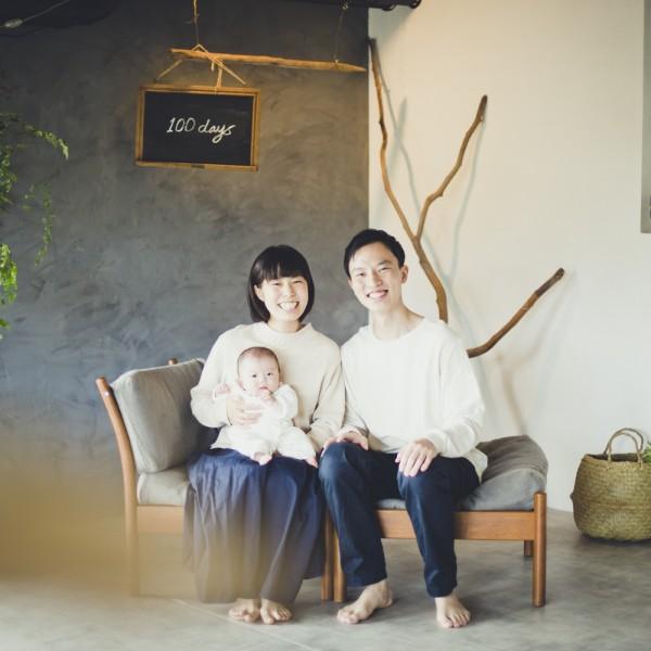 赤ちゃんと家族写真 家族写真ナチュラル ステキな家族
